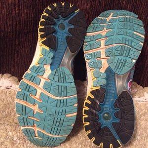 Brooks Shoes - Brooks Women GTS 14 Blue White Sz 11